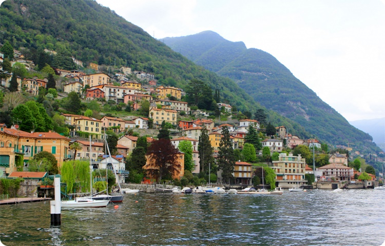 Private Taxi transfer from Lugano to Lenno